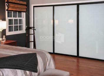 black milky 4 doors
