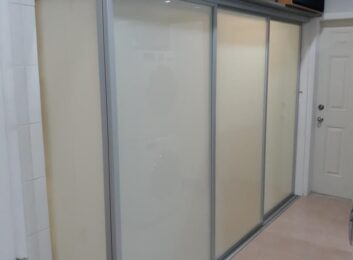 L Shape Glass Closet Doors