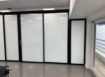 glass-office-walls-nevada